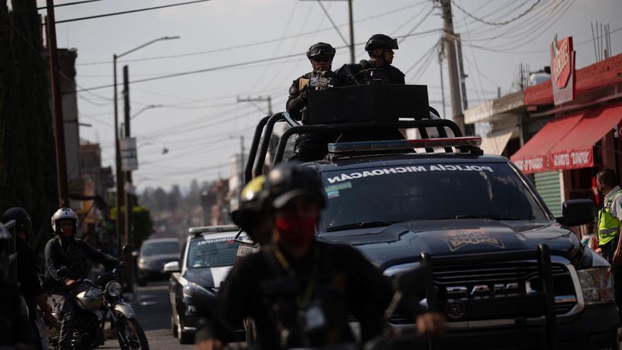 Narcotraficantes protagonizan ataques y bloqueos carreteros en oeste mexicano