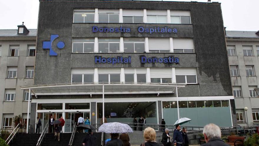 Dieciocho heridos, tres de ellos graves, en un accidente múltiple en Deba (Gipuzkoa)