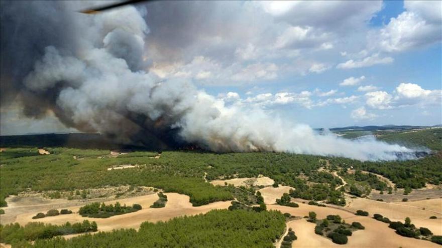 Muere un piloto que participaba en la extinción del incendio de Almansa (Albacete)