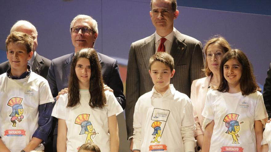 Felipe VI transmite su pesar y el de España por el avión de EgyptAir estrellado