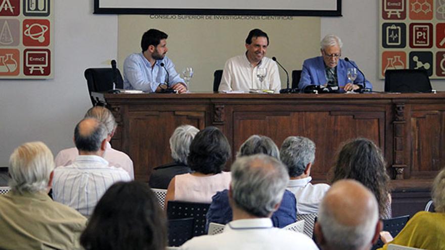 Presentación en la Casa de la Ciencia de Sevilla. | JUAN MIGUEL BAQUERO