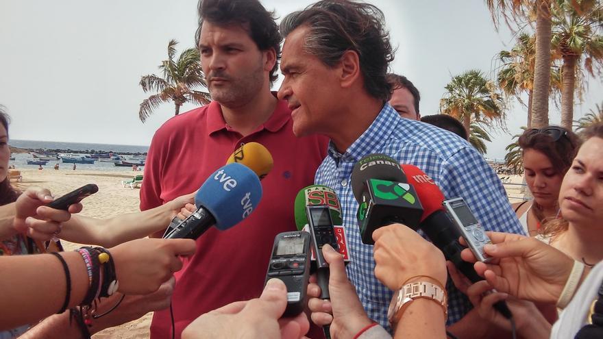 """López Aguilar (PSOE): si Rajoy """"se quitara en medio"""" habría fuerzas dispuestas a conversar con el PP"""