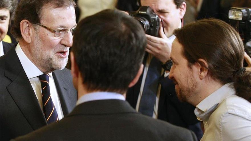 """Rajoy a Iglesias: """"Vais muy bien"""""""