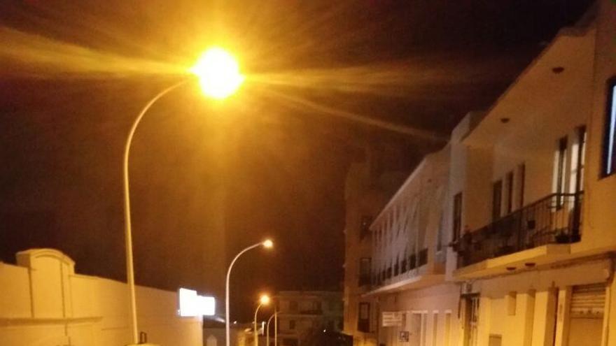 La calle Blas Pérez con alumbrado LED.