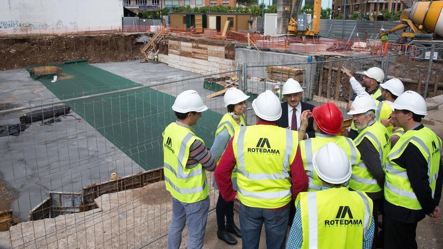 El Gobierno inicia los trabajos de construcción de la nueva biblioteca municipal