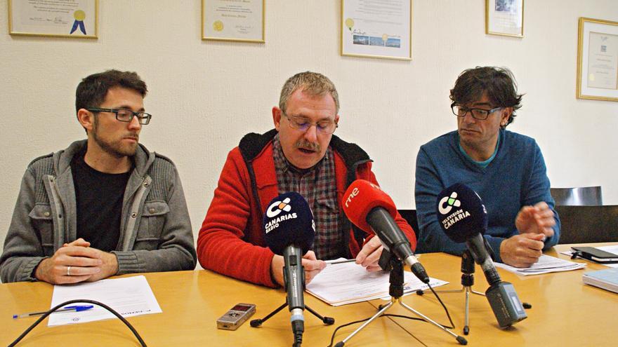De izquierda a derecha, Gil, Sabaté y Concepción, durante la rueda de prensa de este miércoles