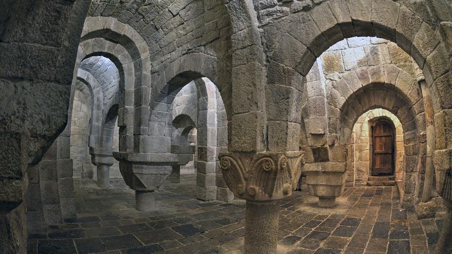 Cripta del Monasterio de Leyre, una de las cumbres del Románico en España. Ángel M. Felicísimo