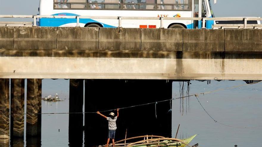 Filipinas se prepara para la llegada el día de Navidad del tifón Nock-Ten