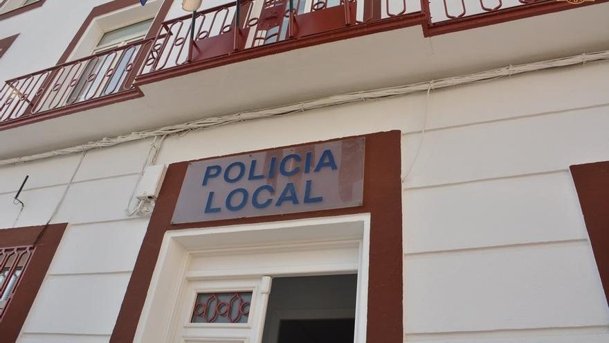 La Policía local desaloja una fiesta clandestina en Tomelloso con más de 20 personas