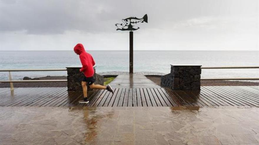 El viento superará los 75 kilómetros por hora este viernes en Canarias