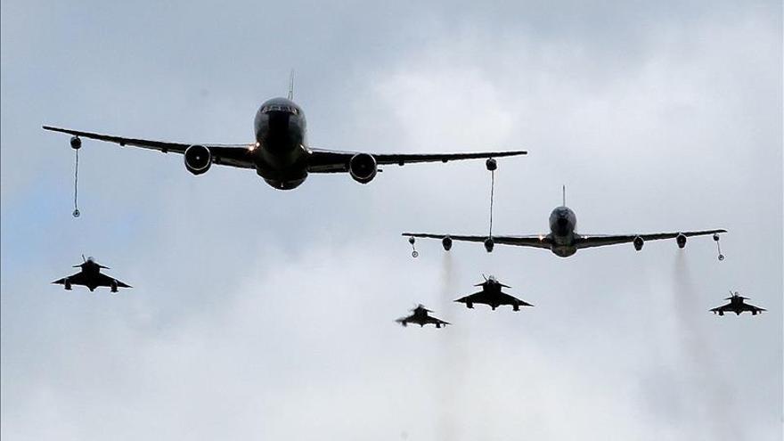 Forenses niegan que guerrilleros recibieran tiros de gracia tras un bombardeo de la Fuerza Aérea Colombiana