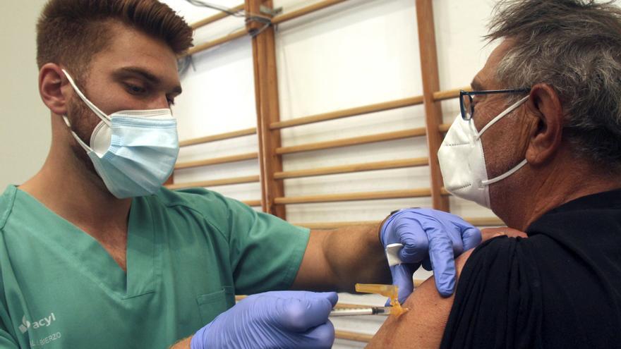 España cuenta con 3,6 millones de dosis para la vacunación esta semana