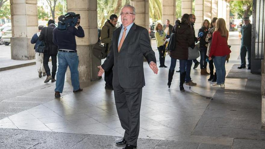 La Junta de Andalucía acusa por primera vez a un exconsejero en los ERE
