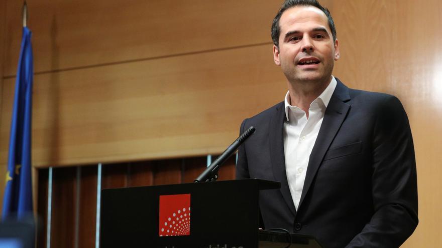 """Aguado reitera que """"la suma de Cs y PP es suficientemente importante"""" para """"echar a andar"""" el Gobierno de la Comunidad"""