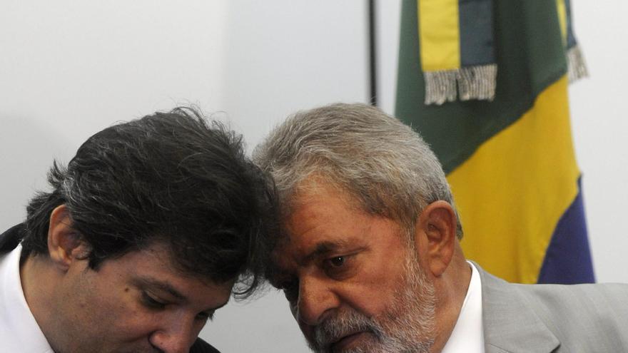 El candidato a alcalde de Sao Paulo apoyado por Lula sigue relegado en los sondeos