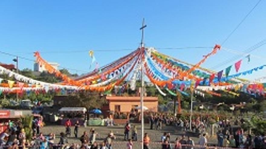 Fiesta de La Cruz de Las Canales.