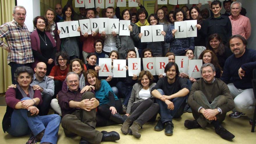El equipo de Amnistía Internacional despide a Giulia Tamayo, antes de que se marchara a Honduras. Copy: AI