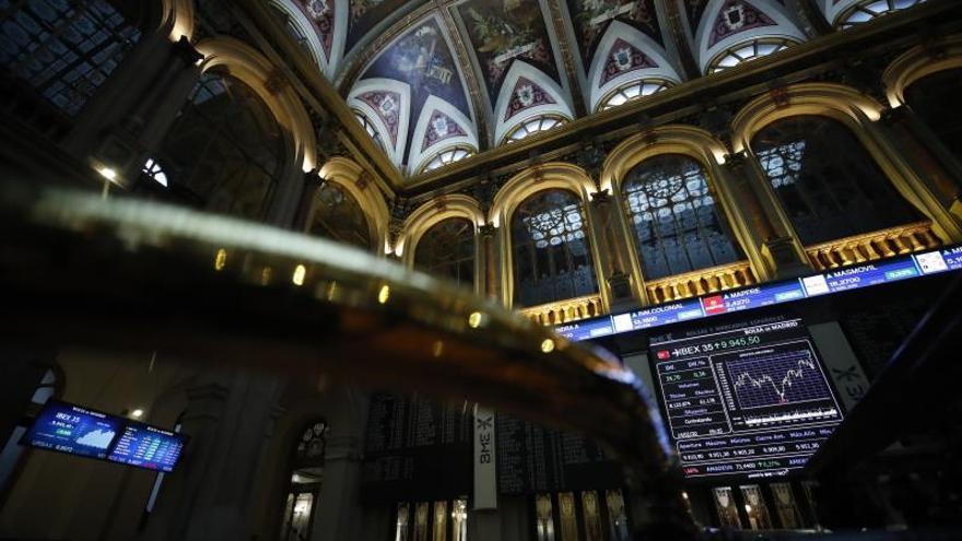 La confianza en los bancos centrales sostiene a las bolsas en zona de máximos