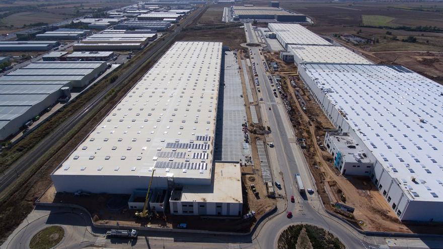 """""""Avalancha"""" de ERTE y clamor por más medidas de seguridad en el sector de la logística castellanomanchego"""