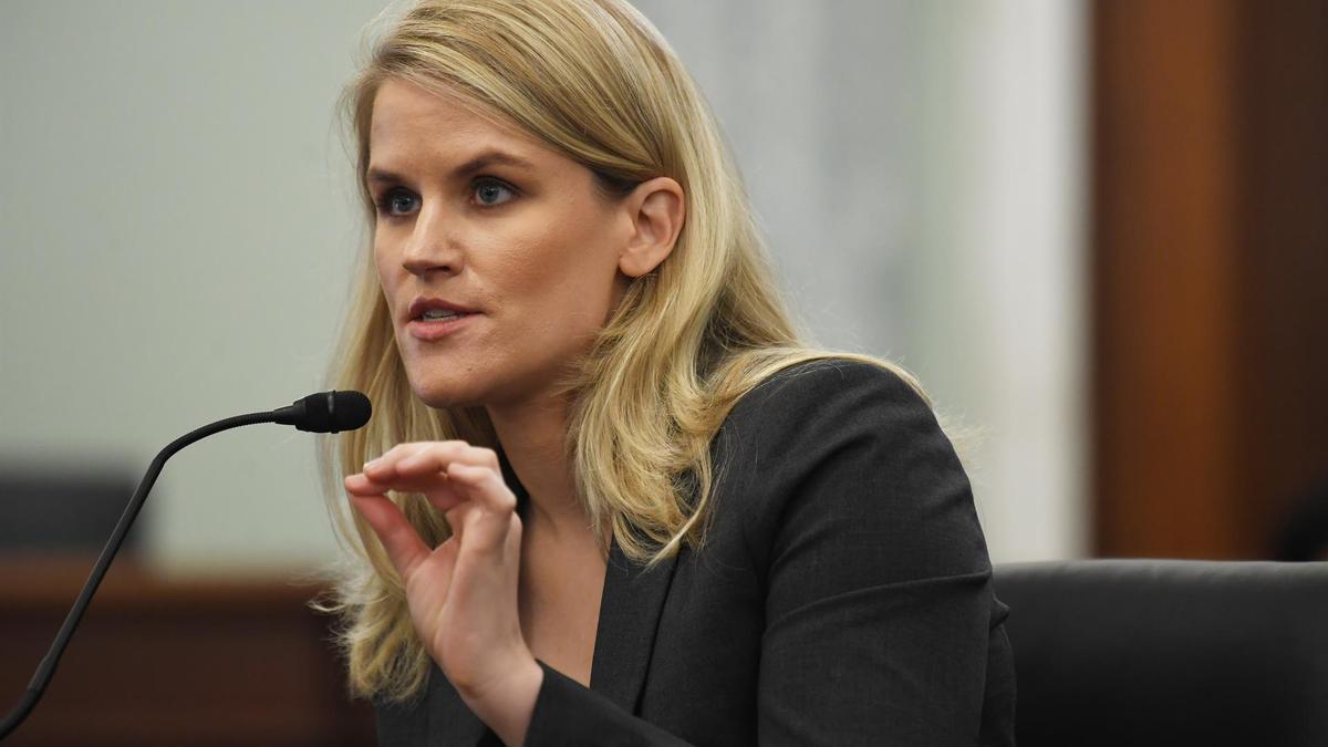 Frances Haugen, durante su comparecencia en el Senado de EEUU