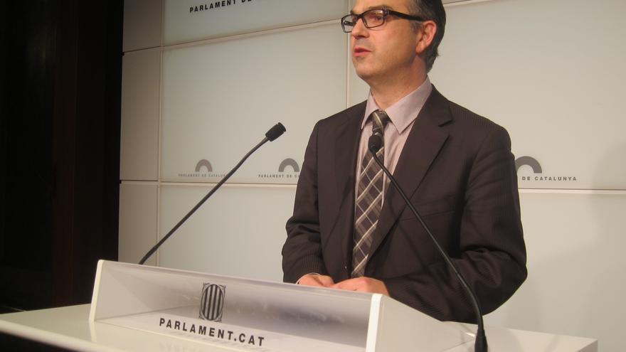 Todos los partidos menos el PSC censuran que Sánchez-Camacho no comparezca por Método 3