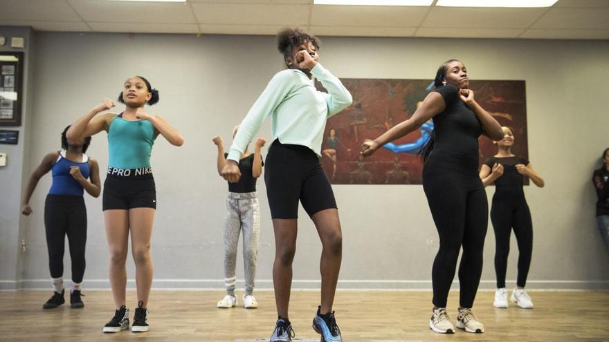 Jalaiah Harmon en su Academia de Baile. Imagen de Philadelphia Tribune.
