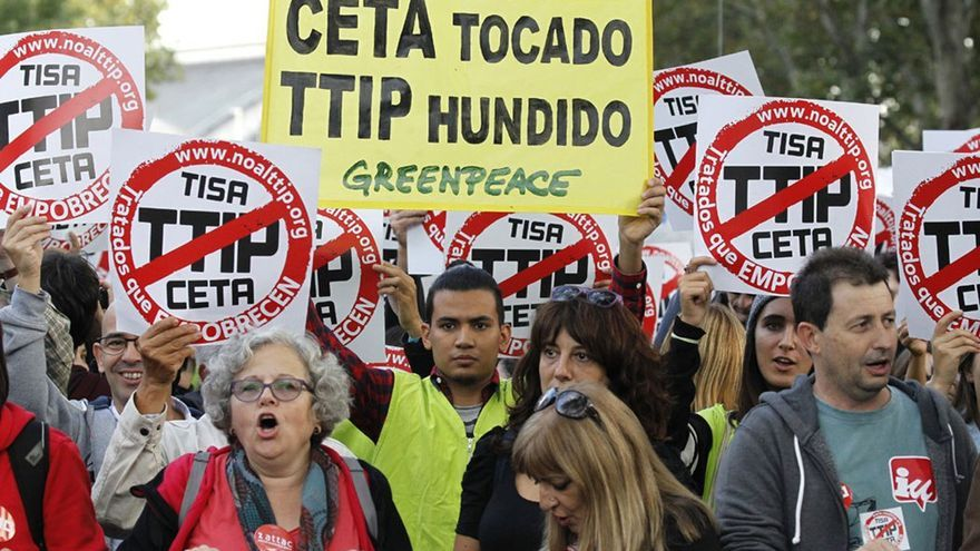 El TTIP abre el debate sobre la soberanía nacional frente a los mercados. (EFE)