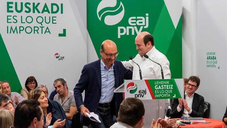 Ortuzar dice a Rajoy que para hablar con PNV tenga en cuenta la agenda vasca
