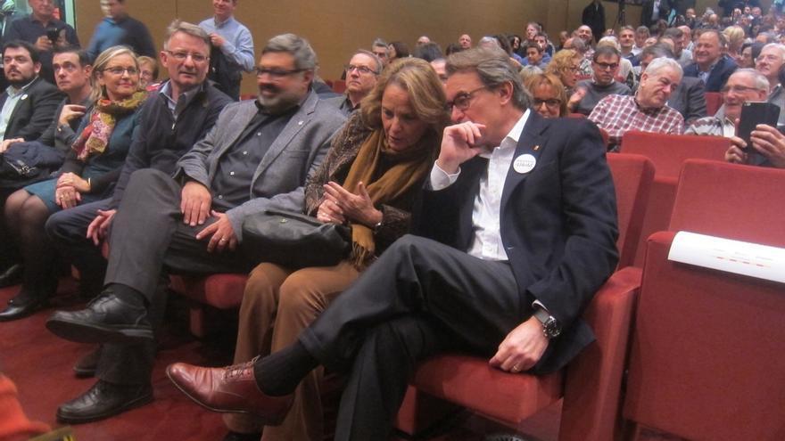 """Homs define a Fernández Díaz como el """"ministro de lo Anterior"""" inspirado por un ángel"""