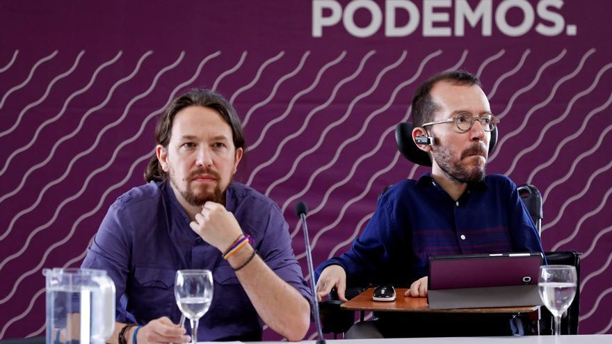 Pablo Iglesias y Pablo Echenique, en un Consejo Ciudadano Estatal el pasado mes de junio.