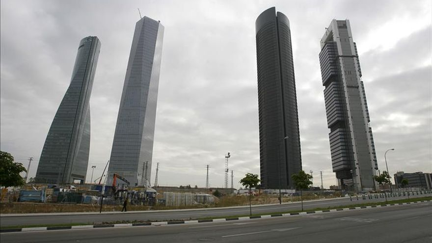El Ayuntamiento adjudica la parcela de las Cuatro Torres por cuatro millones al año