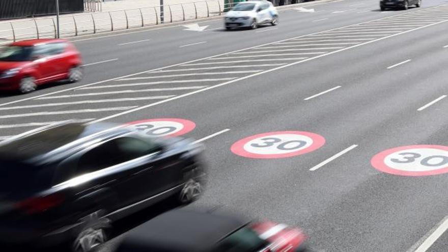 """Bilbao conduce a 30 por hora: """"Queremos una ciudad sin ruidos, sin humo, pero no sin coches"""""""