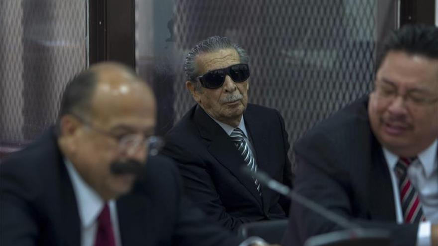 Un magistrado se excusa de conocer la petición de amnistía pedida por Ríos Montt