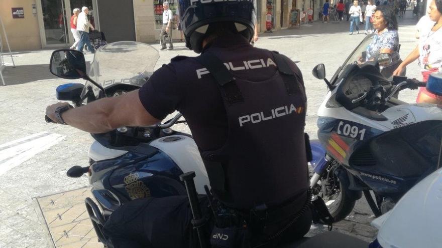 La Policía Nacional detiene a un vendedor de drogas en Telde gracias a la ayuda de los vecinos