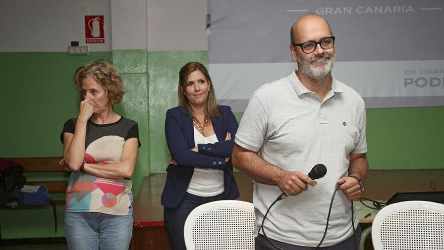 Juan Manuel Brito, en el encuentro ciudadano de Podemos. (ALEJANDRO RAMOS)