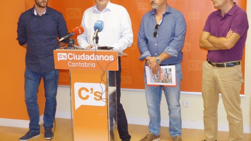 Félix Álvarez cree que Ciudadanos conseguirá regularizar la situación de la Policía Portuaria