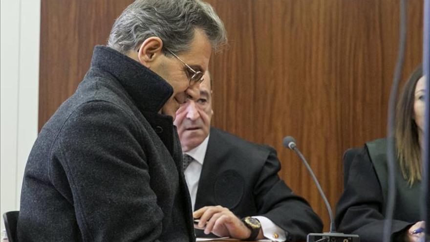 """El acusado de descuartizar a su esposa en Ricla (Zaragoza) dice que era """"una gran mujer"""""""