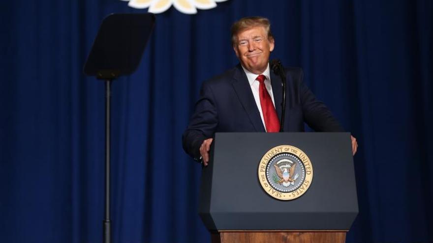 Trump busca remediar el caso de una estadounidense implicada en un siniestro en R.Unido