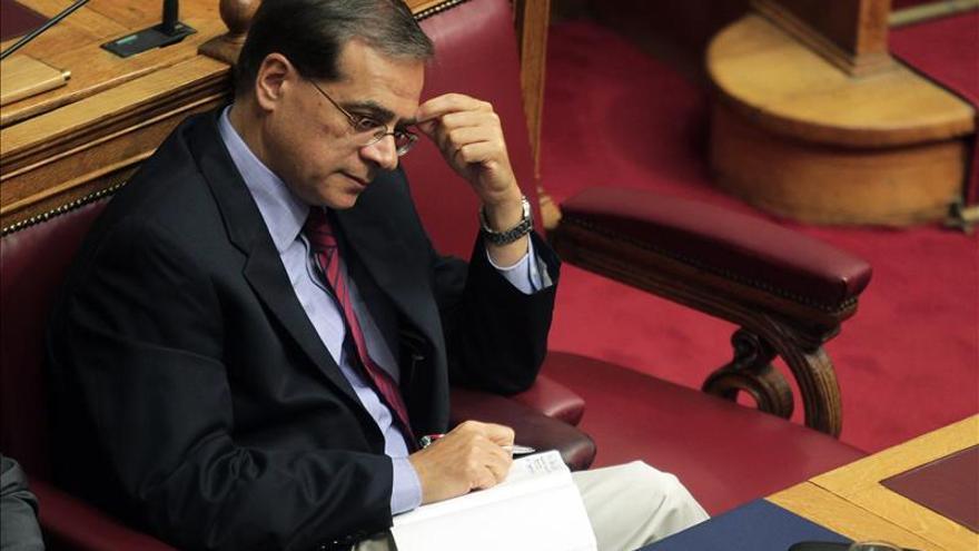 El ministro de Finanzas griego espera acordar pronto con la troika la salida del rescate