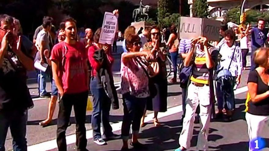 Captura de una noticia de TVE sobre las movilizaciones en Catalunya por el 1-O.