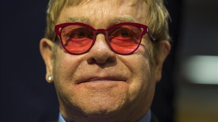 Elton John actuará el 15 de julio en Málaga