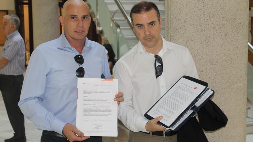 Gómez (C's) y Baeza (Accionistas Minoritarios del Real Murcia)