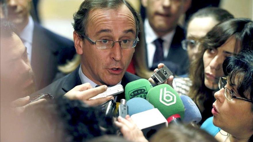 Afectados por hepatitis C acusan al Gobierno de demagogia y electoralismo