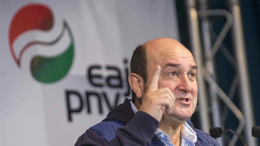 Ortuzar afirma que la vía de diálogo y seguridad jurídica es también la vasca
