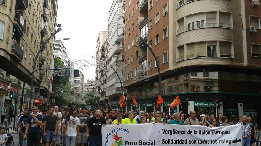 Protesta en Murcia para reclamar la implicación de las administraciones en la acogida a los refugiados / Sofía S.S.