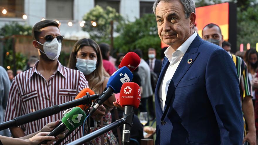 """Zapatero: Es """"absolutamente necesario"""" avanzar en los derechos de los trans"""