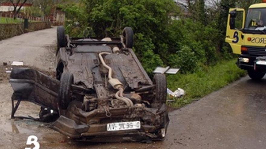 Accidente En Villaviciosa Por Salida De La Vía