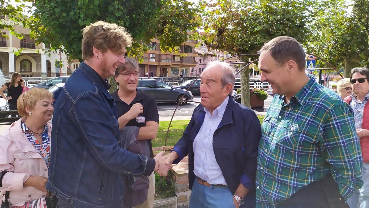 Carlos Garaikoetxea, con Maiorga Ramírez