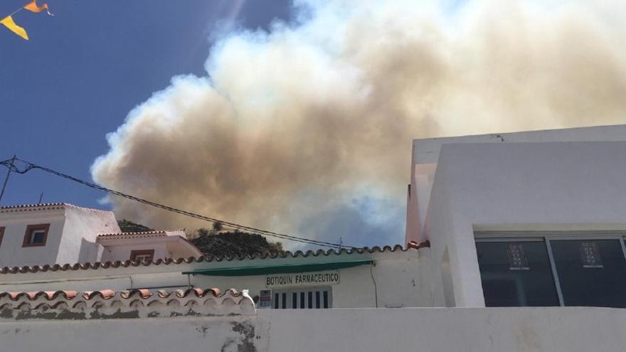 Incendio de La Cumbre visto desde La Aldea.