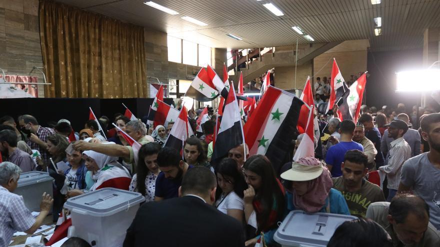 Siria pospone para esta noche el anuncio de los resultados electorales